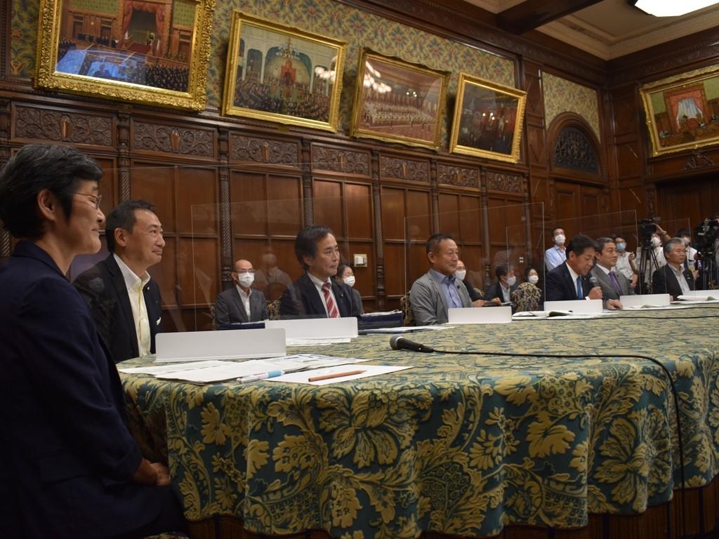参議院議員運営委員会は、英国下院の方々とWEBで会議を行いま…